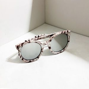 Accessories - Marble Print Rounded Silver Mirror Sunglasses